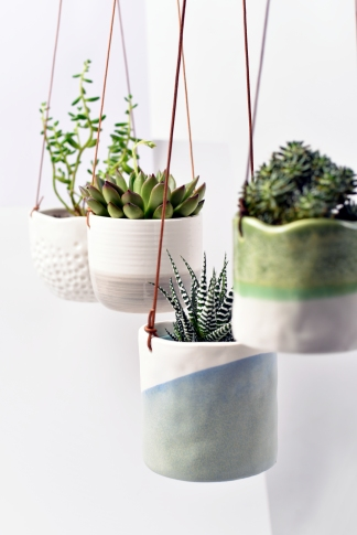 hanging-pots-lifestyle-01